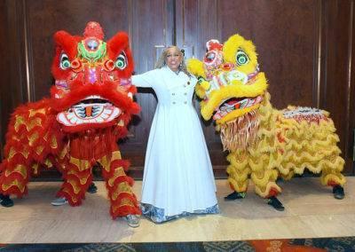 e award dragon dancers